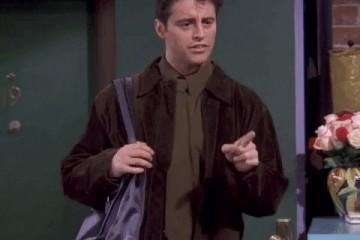 谁说男人就不必拿包或许你与男神的间隔就差一个包包